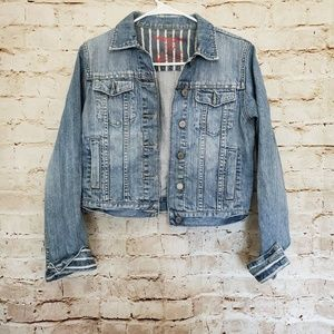 American Eagle Distressed Cropped Jean Jacket